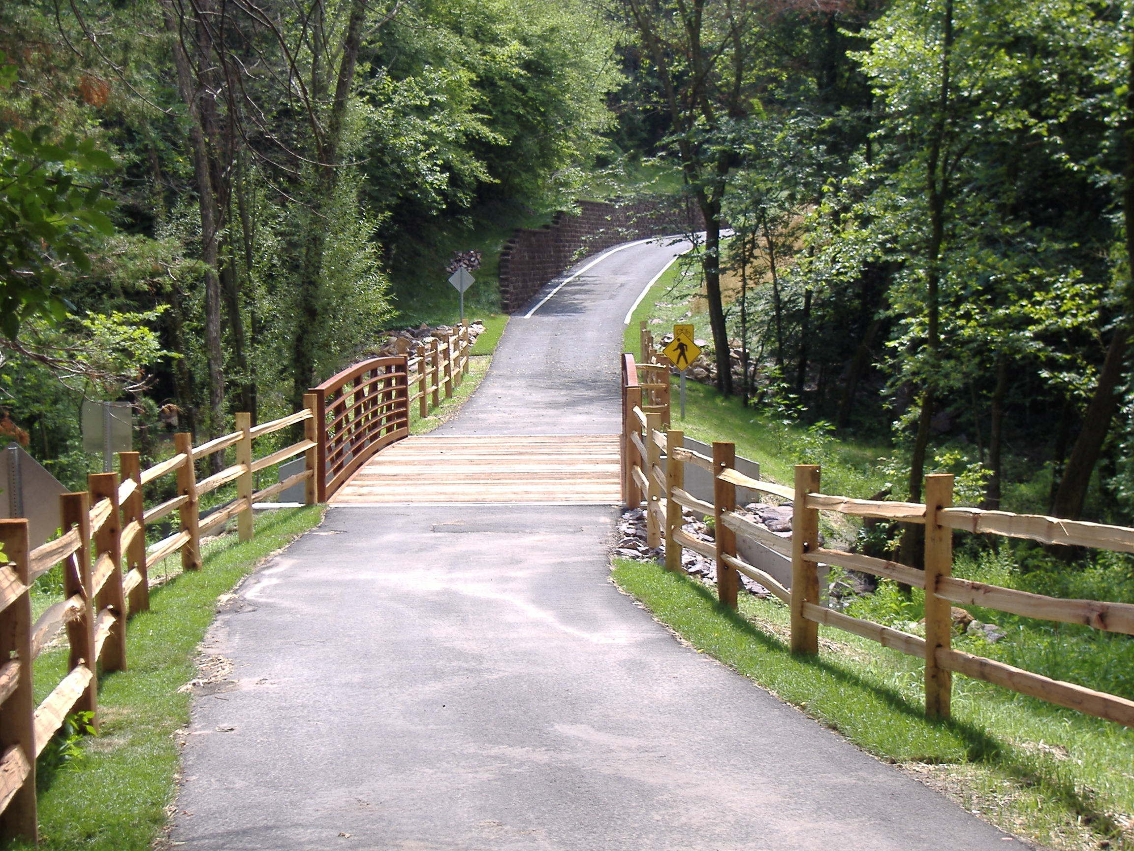 Cedar Creek Park Trail